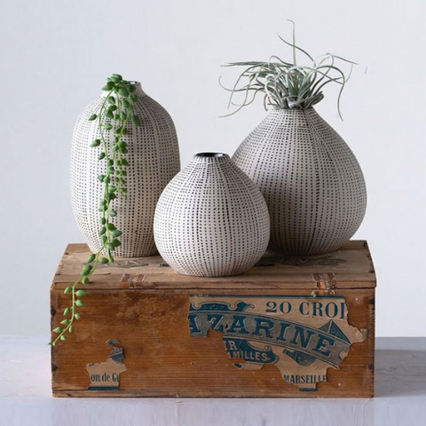 stoneware-vases-spring-cloth-and-cabin