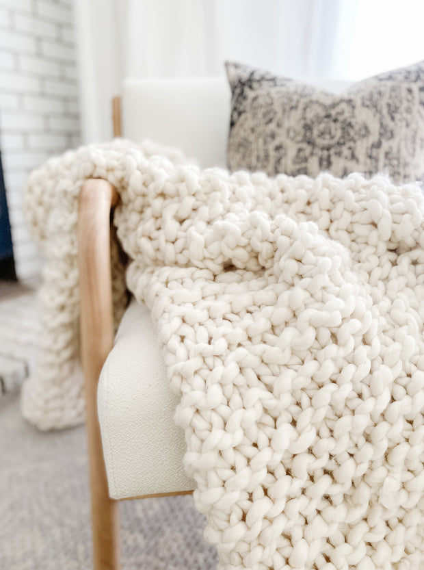 Chunky Knit Throw / Ivory