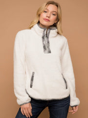 Vixen Fleece Pullover - Cloth + Cabin