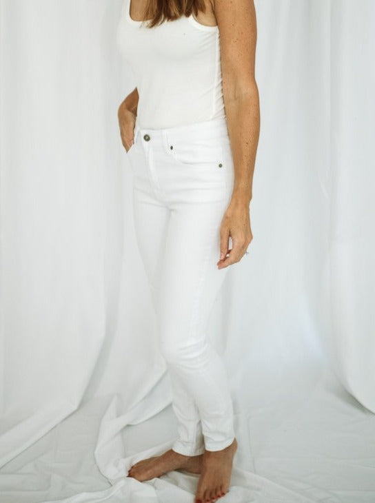 Gemma White High Rise Skinny Jean