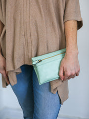 Kate Convertible Crossbody Clutch - Cloth + Cabin