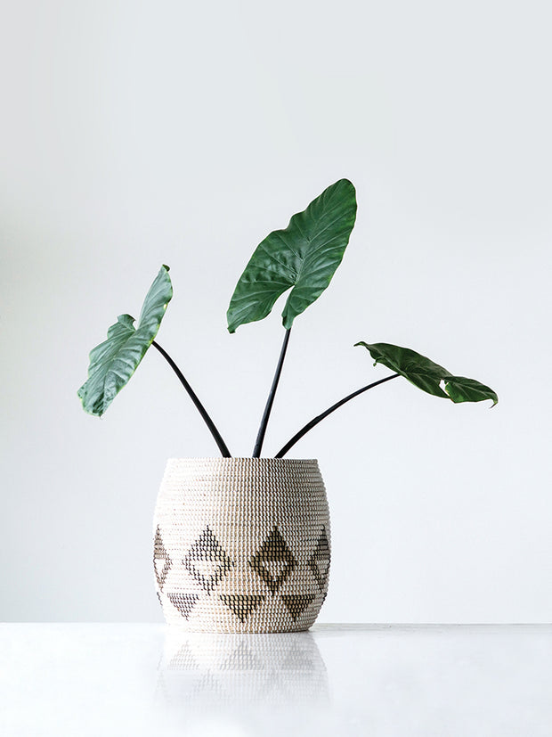 Natural Patterned Seagrass Basket - Cloth + Cabin