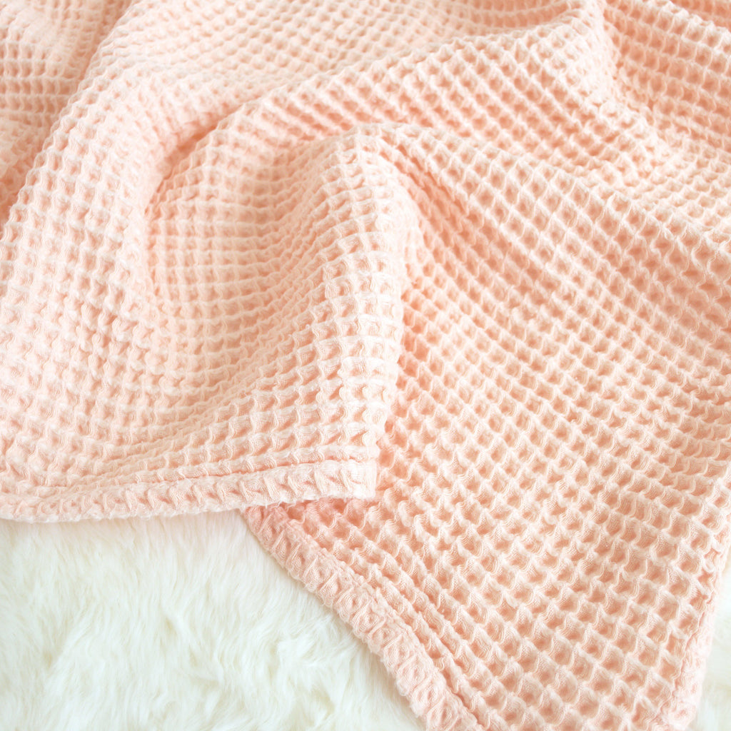 Sugar + Maple Honeycomb Blanket - Pale Peach