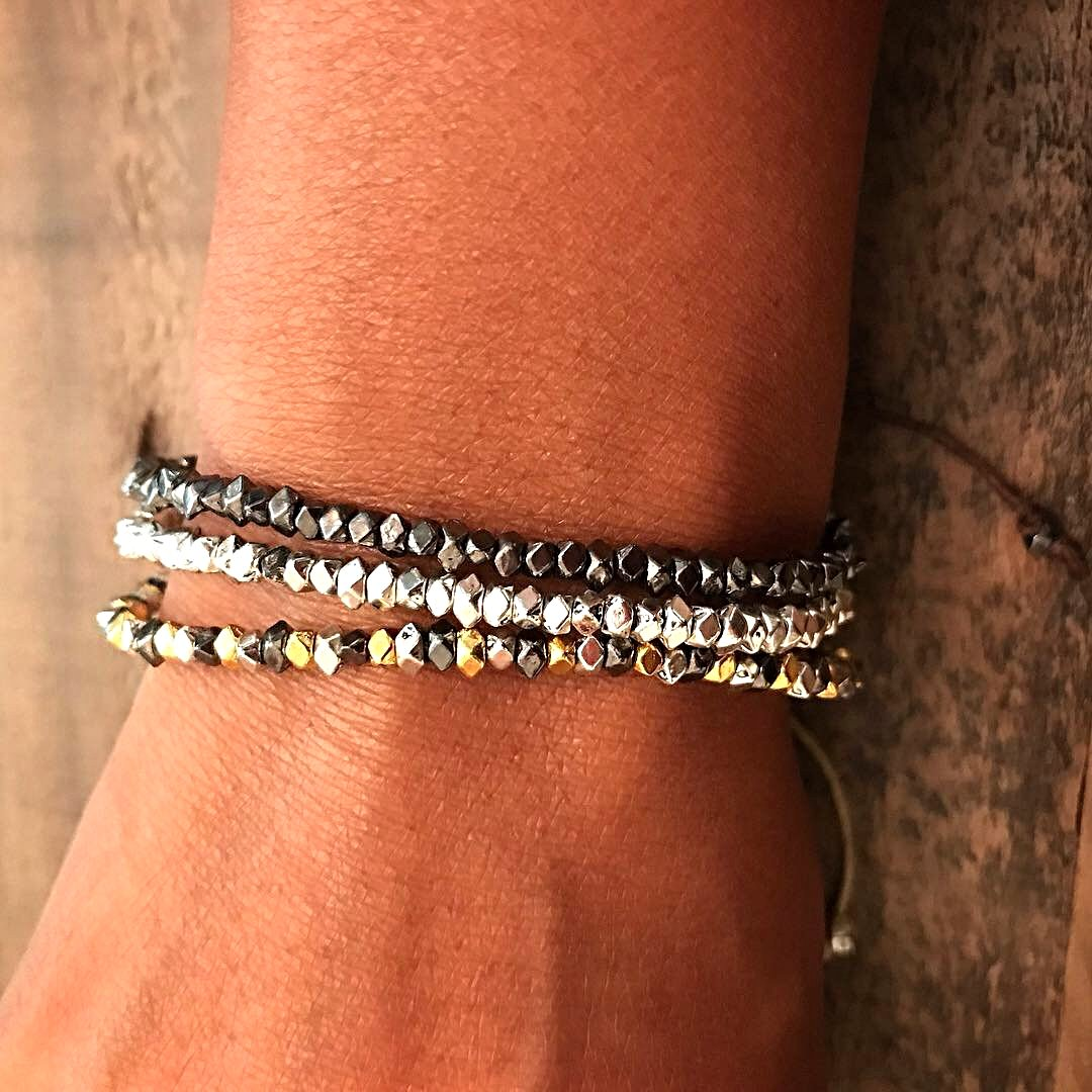 Mini-Bling Tie-String Bracelet