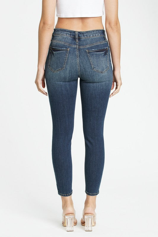 Clara Girl Crush Skinny Jeans