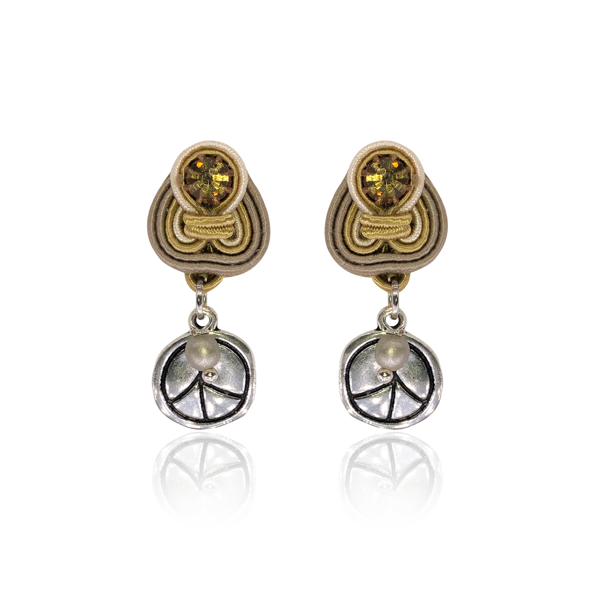 Nude Peace Mini Dije Earrings