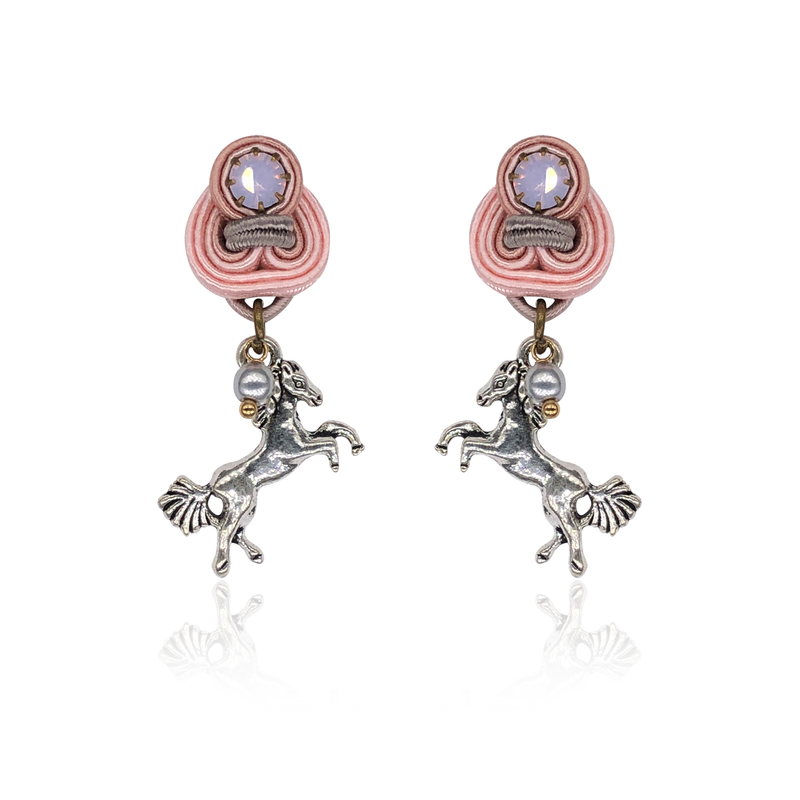 Cavalliere Mini Dije Earrings