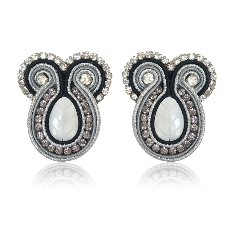 Iris Metallo Earrings
