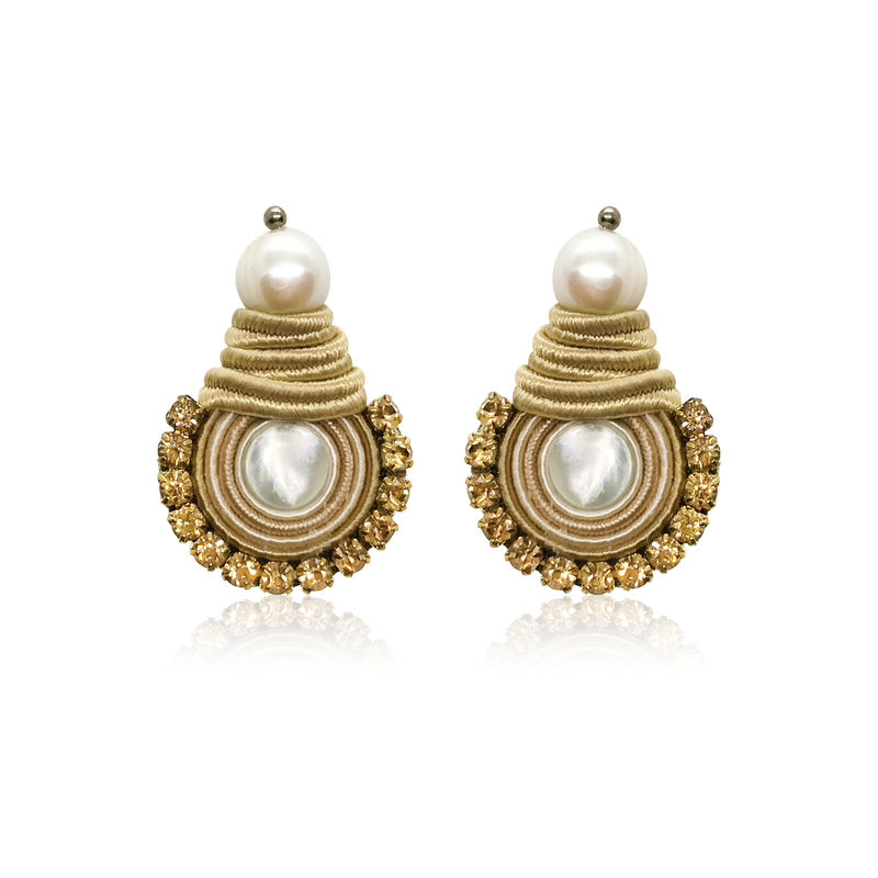Mini NaKar Beige Earrings