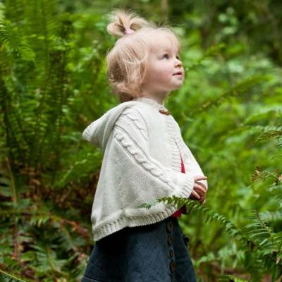 Knit Cape for baby girl (1565869146173)