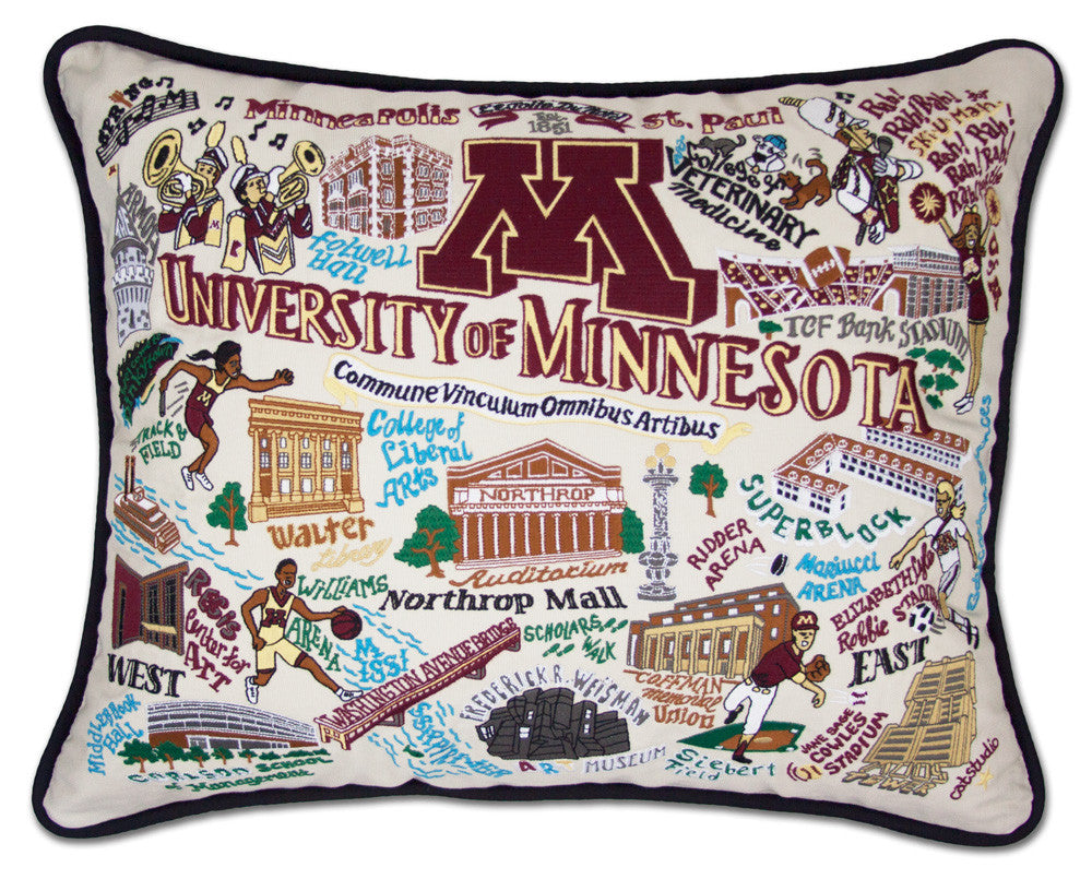 MINNESOTA, UNIVERSITY Pillow