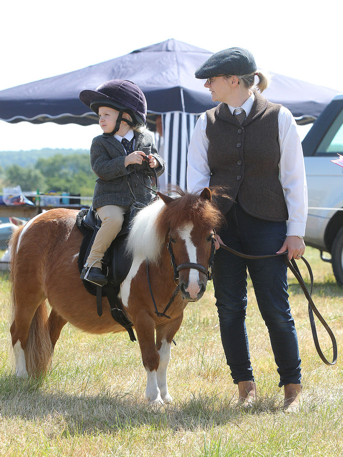 Guest Blog - Tips for taking little people and ponies to shows!