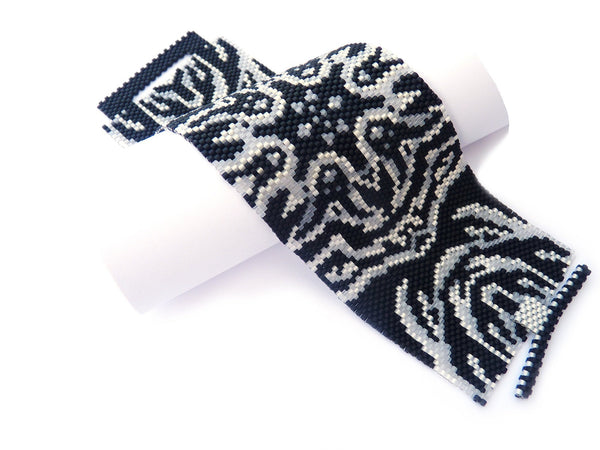 Damask Peyote Seed Beaded Bracelet Black and White-Maddiethekat Designs