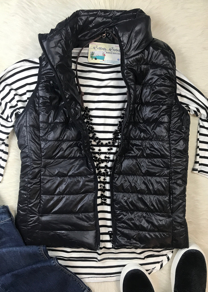 Lightweight Quilted Vest | Black - Rolling Ranch Boutique