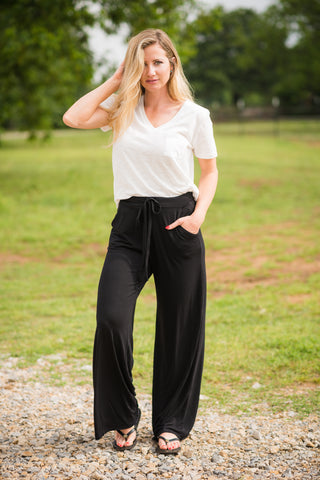 Headed to the Rodeo Lounge Pants | Black - Rolling Ranch Boutique