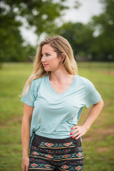 Simply Soft V Neck Tee | Mint