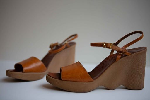 Vintage Famolare wedge shoes