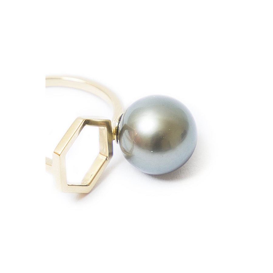 HEXAGON RING CULTURED PEARL