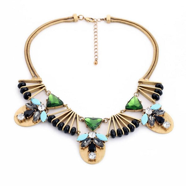 Lizzie Deco Necklace