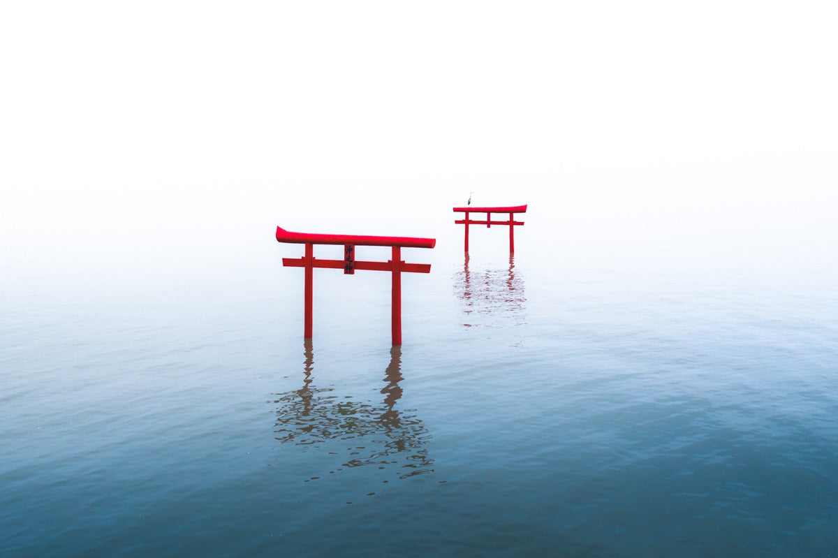 Minimalism - The art of negative space and minimalism in photography - Pat Kay Away