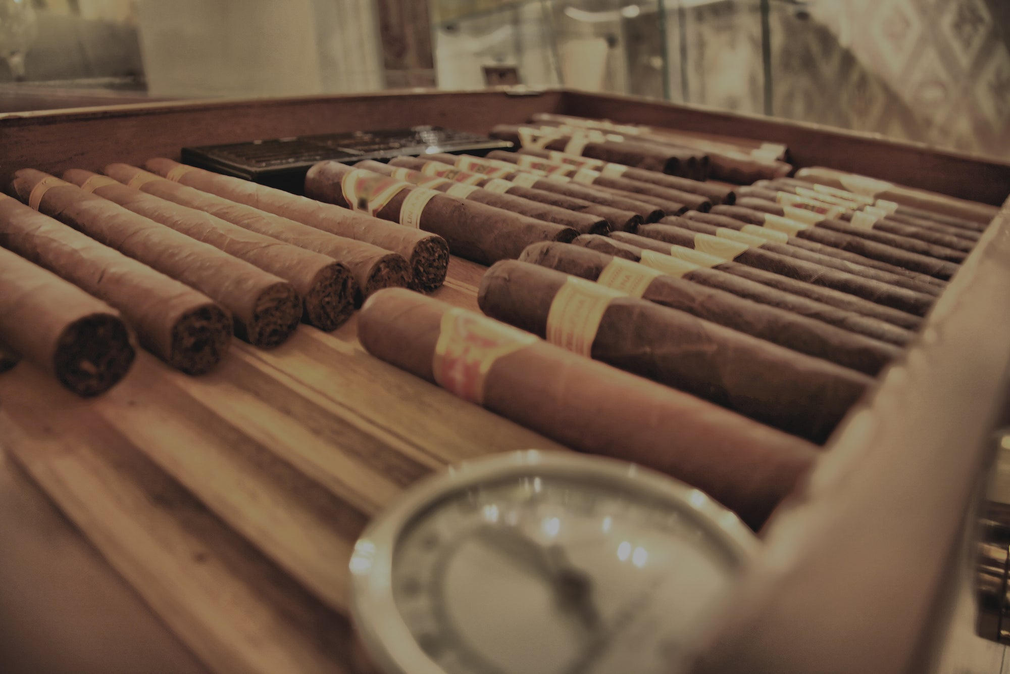 The 5 Amazing Cuban Cigars You Need to Light Up