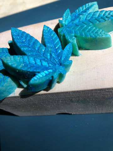 Blue Spark Weed Leaf Shaped Wax Melts, Sweet Orange Essential Oil Scented Wax Melts for Warmer