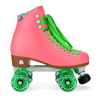 PEACH SKATES WITH GREEN LACES AND GREEN WHEELS