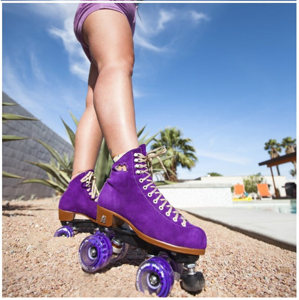 Moxi Lolly Dark Taffy Skates