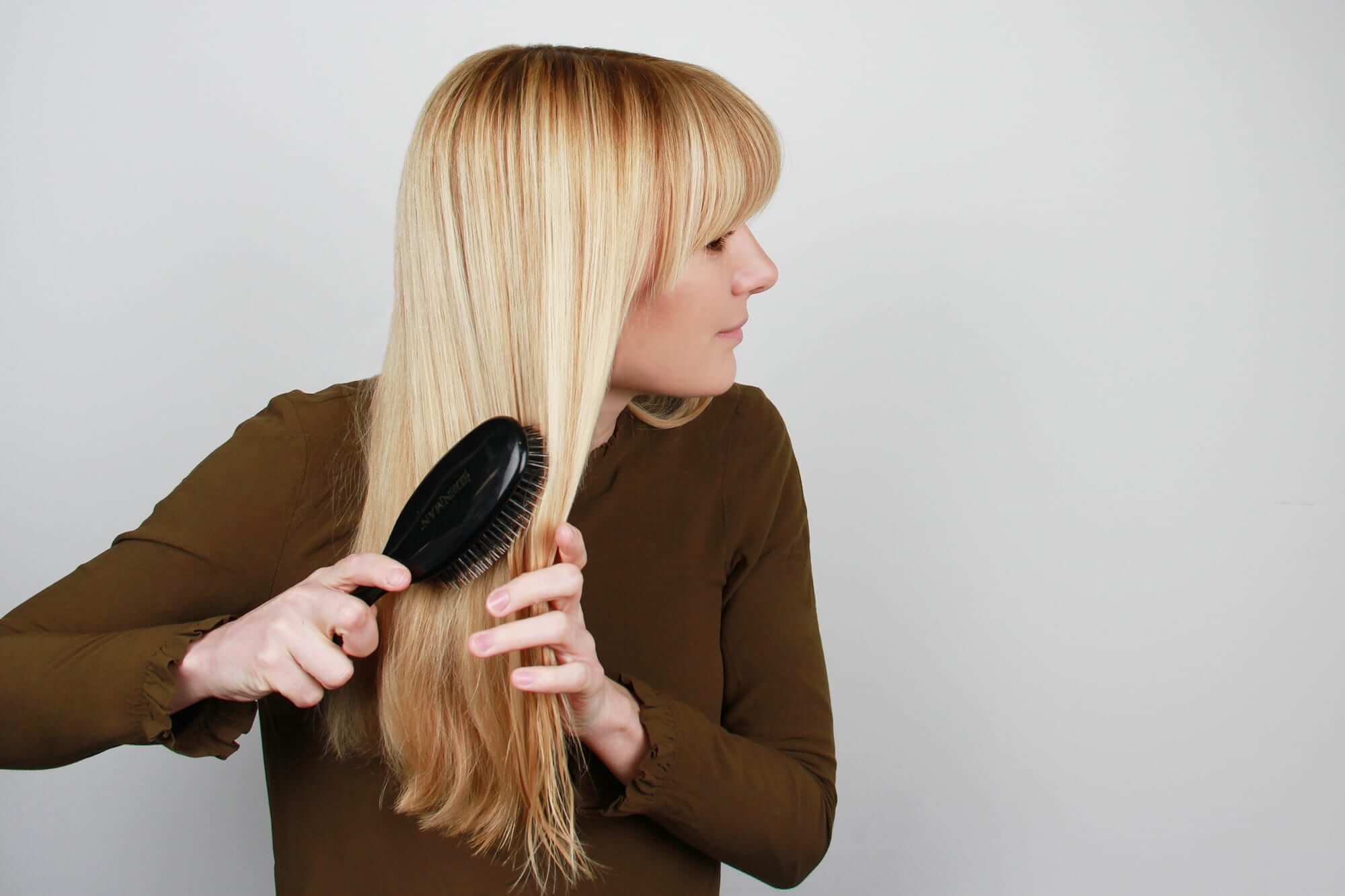 how to brush you hair