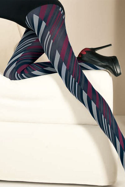 Close up of lady's outstretched legs wearing Oroblu Edith retro pattern tights.