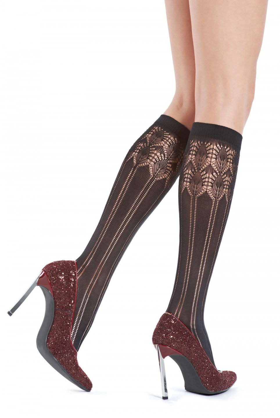b34089c172c Close up of lady s lower legs wearing Oroblu brown melange Penny knee high  socks in burgundy