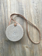Load image into Gallery viewer, Round Rattan Bag White