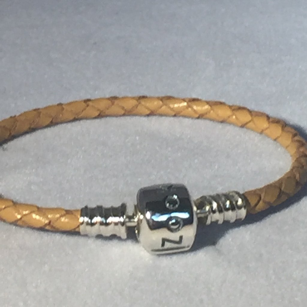 Light Brown Leather Bracelet bracelet - Zookkie Pty Ltd