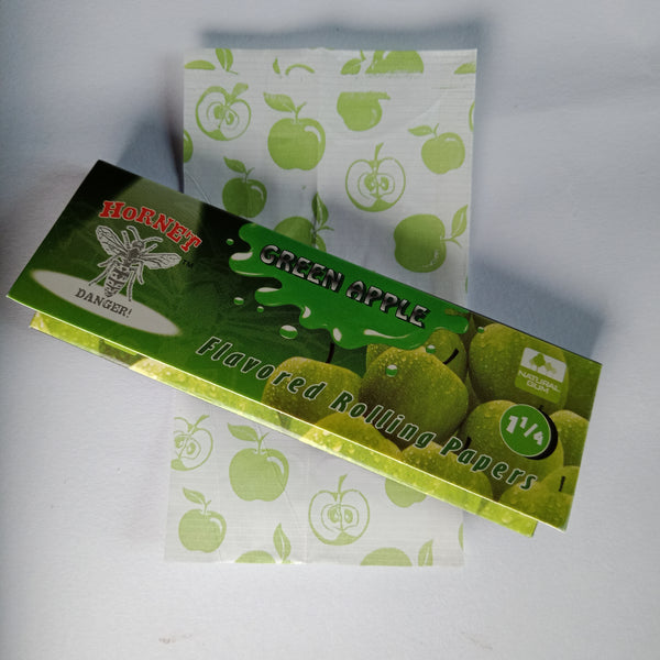 Hornet Green Apple Flavored Rolling Papers 11/4 - Fancy Puffs Smoke Shop