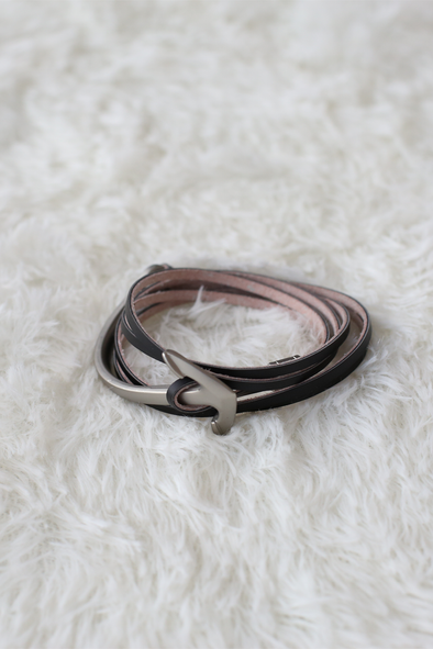 Black Leather Bracelet With Arrow