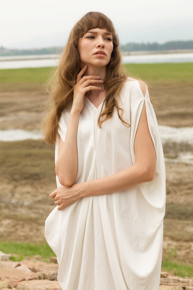 Free And Easy Irregular Dress In White