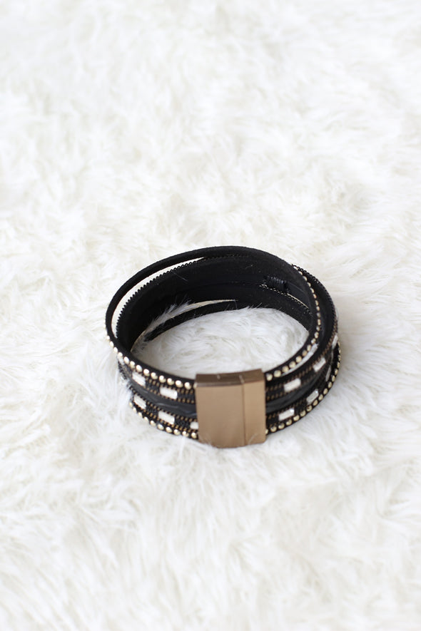 Black Bracelet With Magnetic Clasp