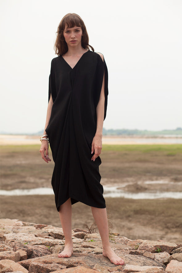 Free And Easy Irregular Dress In Black