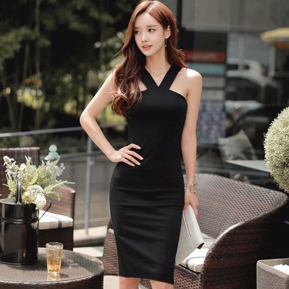 <best><OFF004>Glam Look Black Fitted Dress - Gowns.sg