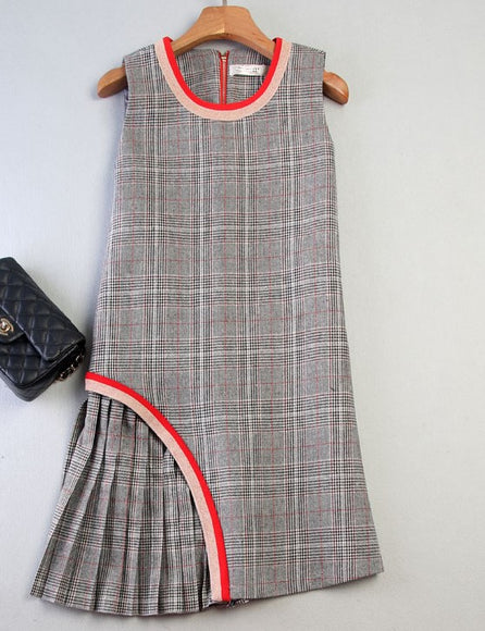 Side Pleats Gingham Shift Dress