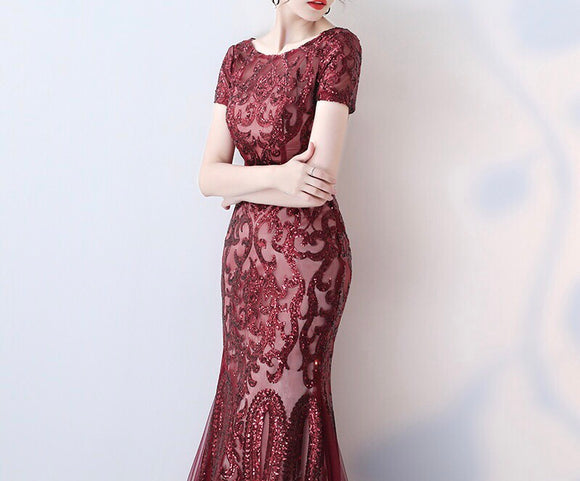 Notte Tulle Hem Gown in Crimson - Gowns.sg