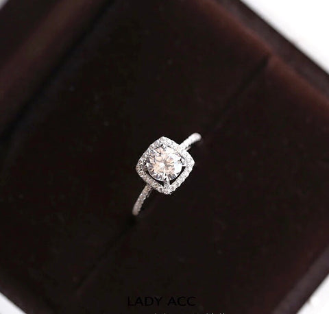 Stimulated Diamond Ring OFF914