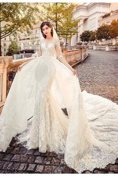 Igna Guipure Fishtail and Flare Gown