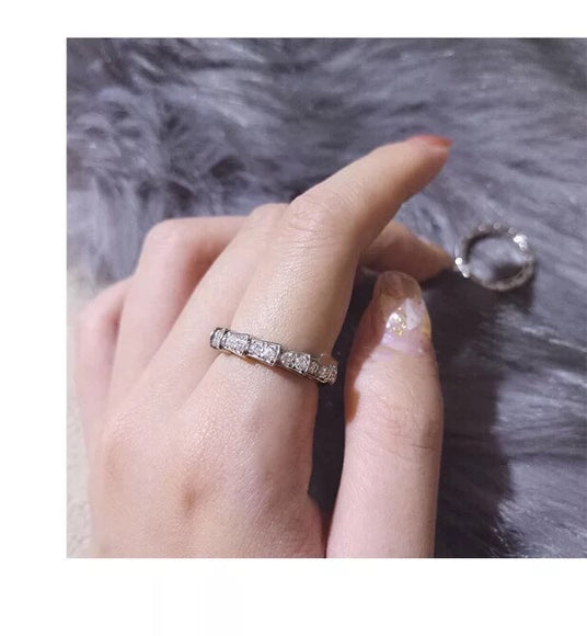Stimulated Diamond Ring OFF802 - Gowns.sg