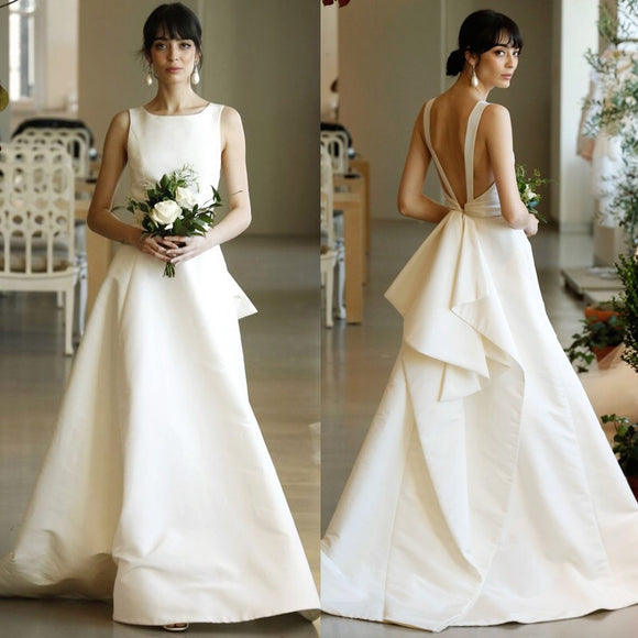 Dreamgirls Wedding Dress with Back Peplum (S-L) - Gowns.sg