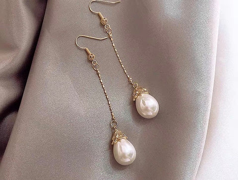 Pearl Drop Earrings - Gowns.sg