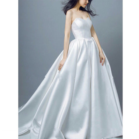 Virginie Simple White Gown (S-XL) - Gowns.sg