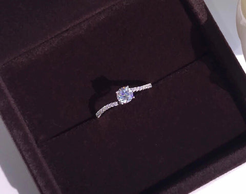 Stimulated Diamond Ring OFF916 - Gowns.sg