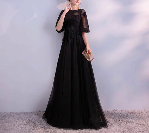 Noir Lace Gown (L-6XL) - Gowns.sg
