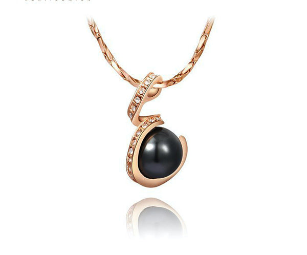 18K Rose Gold Plated Trinity Necklace with Simulated Diamond